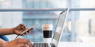 Jak wykonać backup danych w telefonie służbowym?