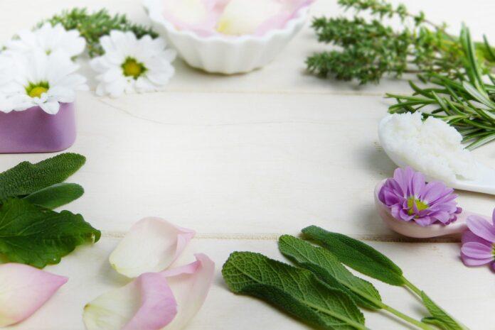 Kosmetyki naturalne - dlaczego warto rozpocząć z nimi przygodę?